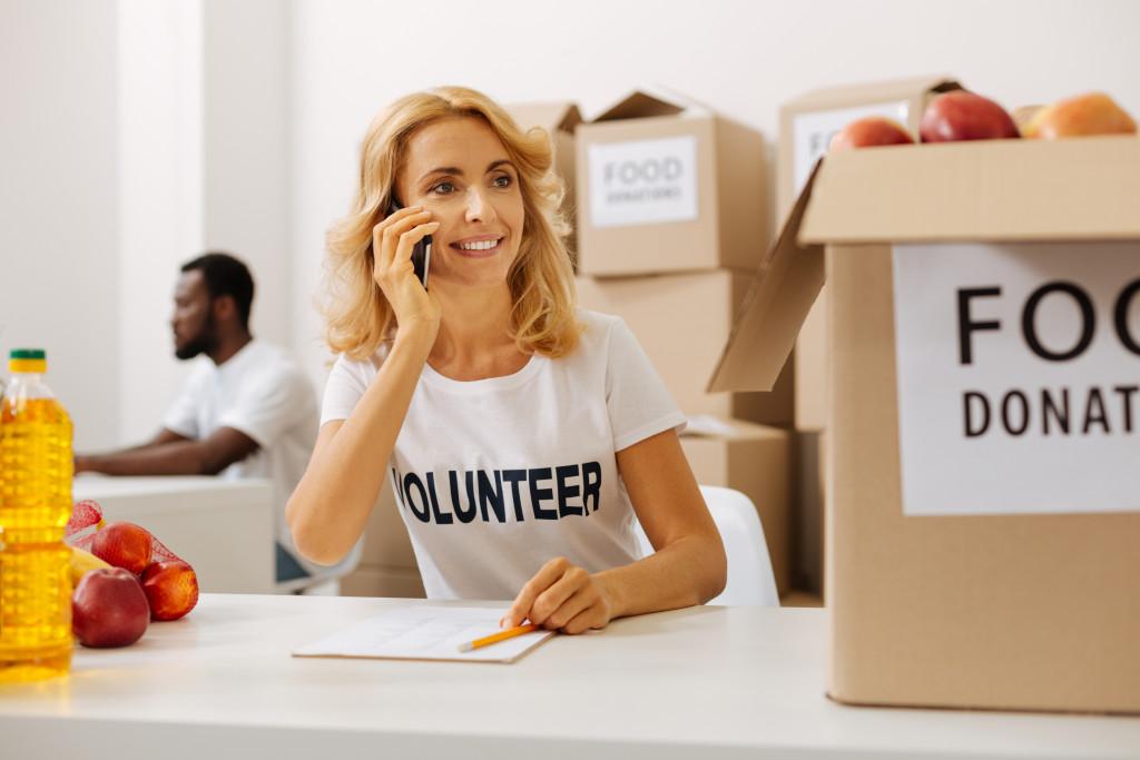 volunteer working