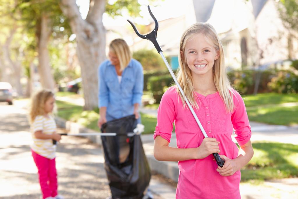 community trash picking